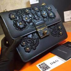 ブランド可能 Dolce & Gabbana ドルチェ & ガッバーナ 値下げ  斜めがけショルダー偽物代引き対応