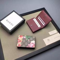ブランド国内 グッチ GUCCl セール価格 424896-6 短財布  財布レプリカ販売