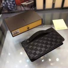 ブランド可能 LOUIS VUITTON ルイヴィトン セール M20012-4 クラッチバッグブランドコピーバッグ国内発送専門店
