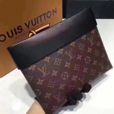 ブランド販売 ルイヴィトン LOUIS VUITTON   M64035-3 クラッチバッグ最高品質コピーバッグ代引き対応