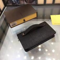 ブランド通販 ルイヴィトン LOUIS VUITTON   M20012-5 クラッチバッグ最高品質コピーバッグ