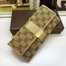 ブランド販売 グッチ GUCCl  233028-1  長財布 財布コピー最高品質激安販売