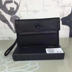 ブランド販売 ヴェルサーチ VERSACE    クラッチバッグバッグコピー最高品質激安販売